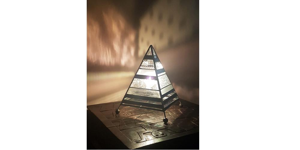 Kleine piramide €95